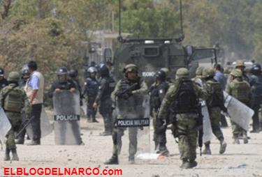Huachicoleros enfrentan a soldados y policías en Puebla.