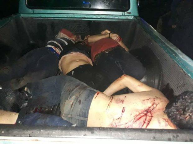 Hallan 5 cuerpos en camioneta abandonada en Uruapan