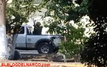"""Vídeo de la fuerte balaceras entre sicarios de """"Los Viagras"""" y Templarios en Parácuaro, Michoacán"""