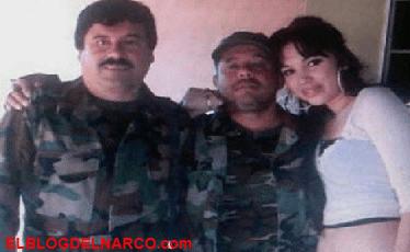 El Chapo se reencuentra con su mejor amigo y brazo derecho, el Chapo le sonríe mientras el lo traiciona