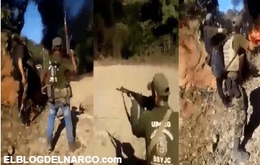 Ya va reventar la troca del Ruso Balacera entre sicarios de la Familia Michoacana contra sicarios aliados del CJNG en Petatlán, Guerrero (VÍDEO)