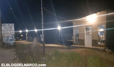 Dejan cuatros cuerpos, uno calcinado, afuera de funeraria en Chihuahua
