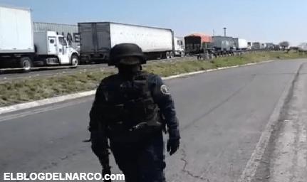 Habitantes de Celaya, Guanajuato localizan varias bolsas negras repletas con restos humanos sobre la autopista
