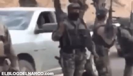 Vídeo donde sicarios del Cártel de Escorpión muestran armas y trocas a plena luz del día