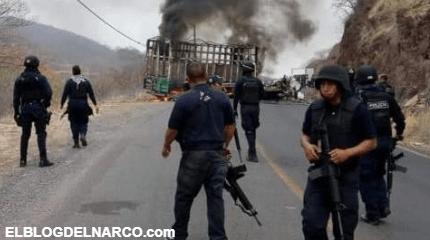 Amanece con Narcobloqueos carreteros por guerra del CJNG y Carteles Unidos en Michoacán