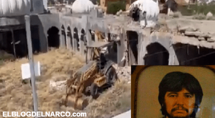 """La Casa de """"Las mil y una Noches"""" de Amado Carrillo fue derribada, después de casi 30 años en abandono"""