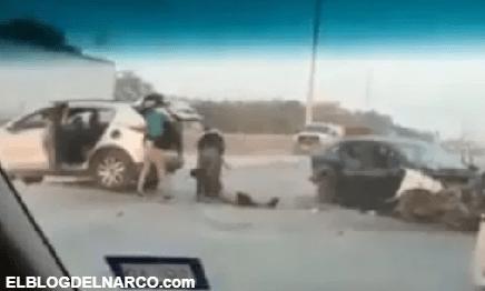Video donde sicarios del Cártel del Golfo (CDG) roban cadáver de cómplice en Tamaulipas