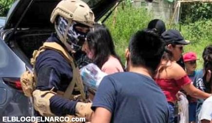 El Señorón y sus Sicarios comenzaron a repartir Útiles y Despensas en Morelos
