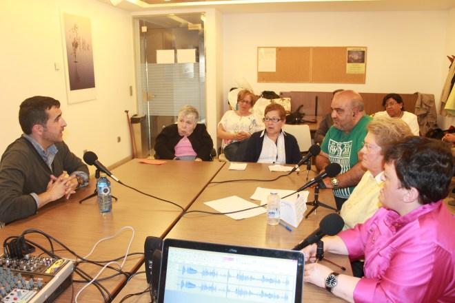 En el laboratorio de radio, con un grupo de personas maravilloso