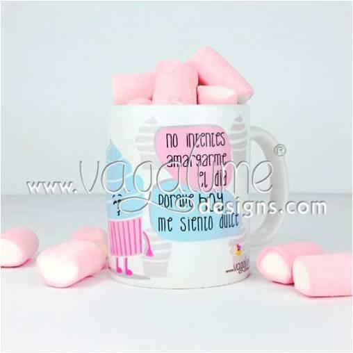 taza_no_intentes_amargarme_el_dia_porque_hoy_me_siento_dulce_regalos_divertidos_vagalume_designs_1web