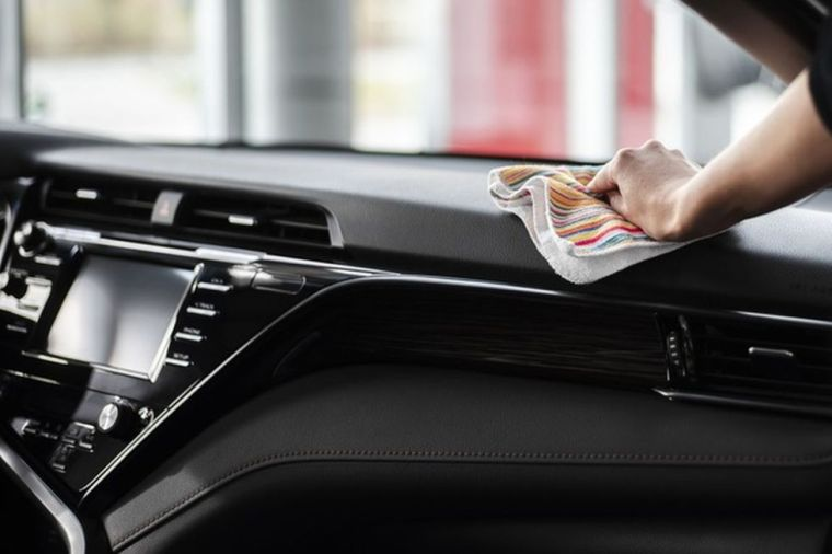It is recommended to pass disinfectant to the objects that the driver uses (Photo: Freepik)