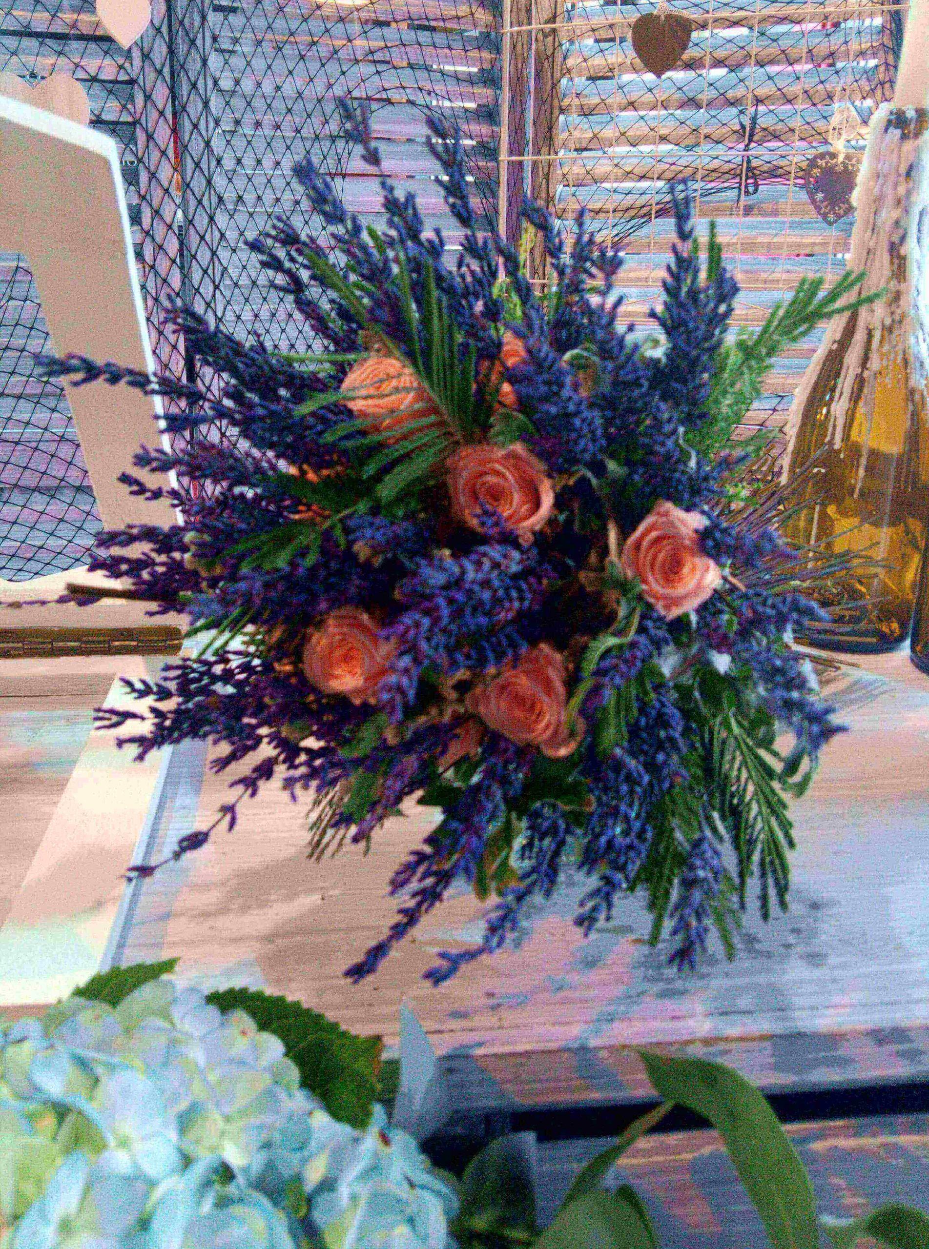 ramo de novia flor preservada y lavanda fresca