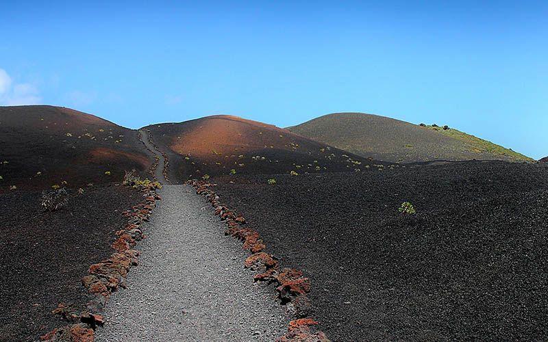 La formación de las Islas Canarias y su actividad volcánica