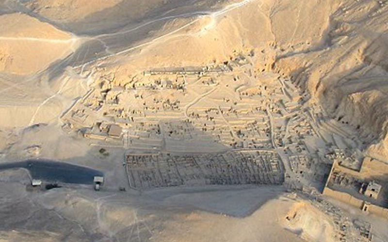 Deir el-Medina, artesanos y tumbas en el antiguo Egipto