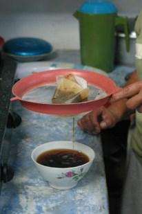 Floral handleless mug bowls make coffee taste