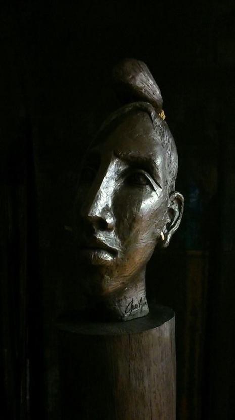 Escultura de Charo Acera