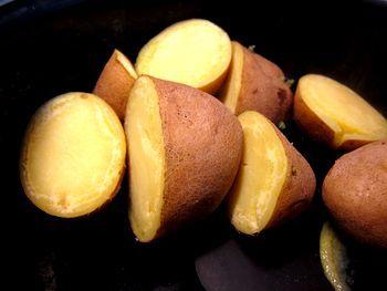 Calabacín guisado aromatizado con puré de patatas