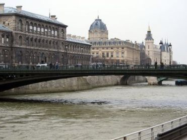 París. Las Islas.