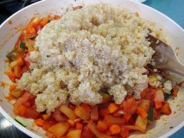 Pimientos verdes rellenos de quinoa con verduritas 10