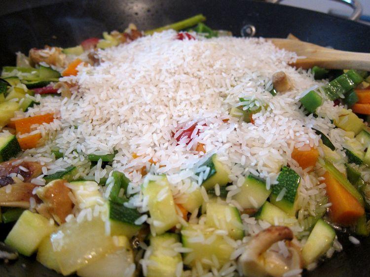 arroz-con-verduras-estilo-oriental-08
