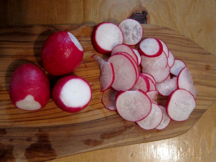 ensalada-de-alubias-blancas-con-rabanitos-y-rucula-06