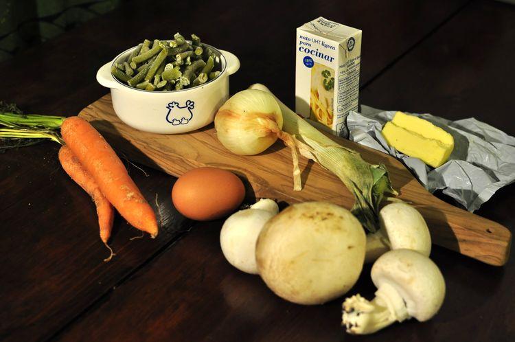 pastel-vegetal-de-ajetes-y-champiñones-01