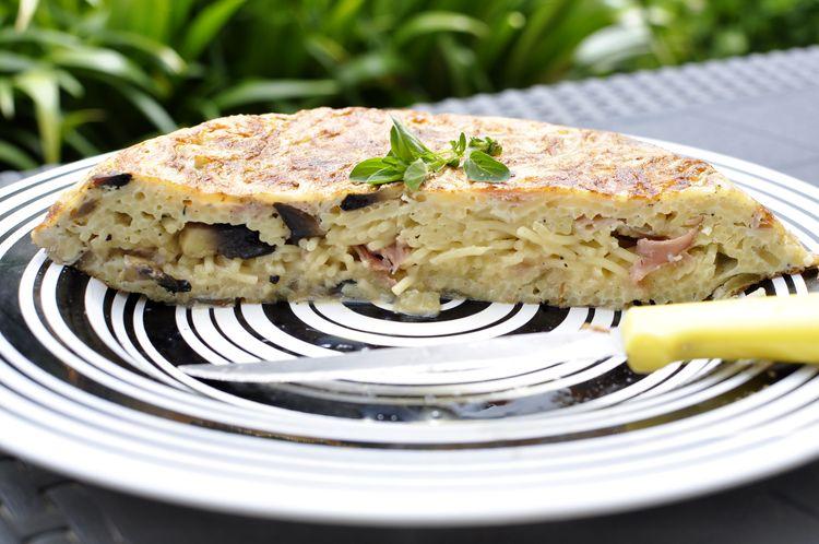 tortilla-de-spaghetti-champinones-jamon-cocido-15