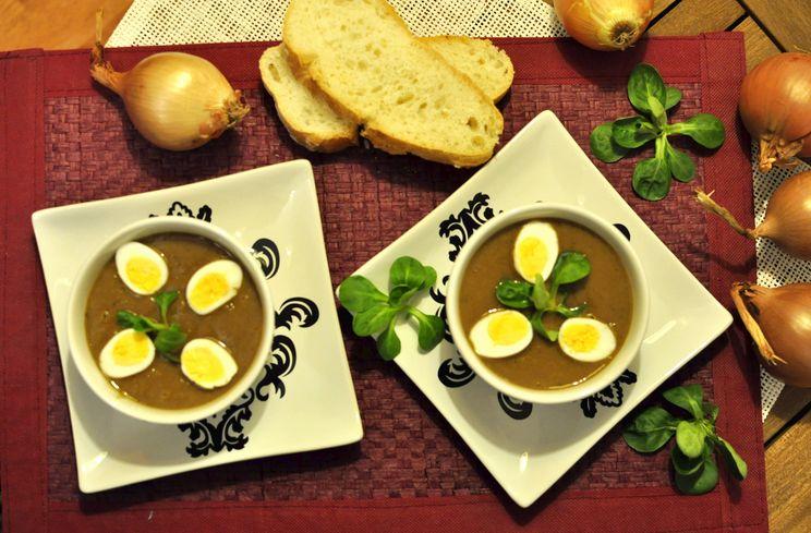 Crema de cebolla y cerveza vegetariana