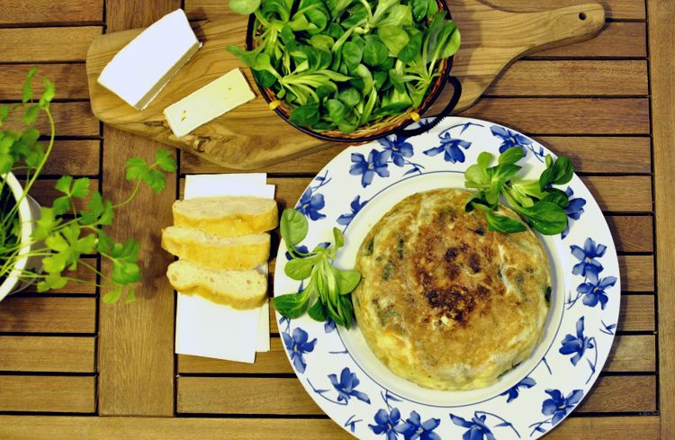 tortilla-de-canonigos-y-queso-brie-07