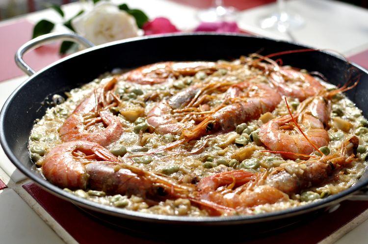 arroz-con-calamares-gambones-y-habas-09