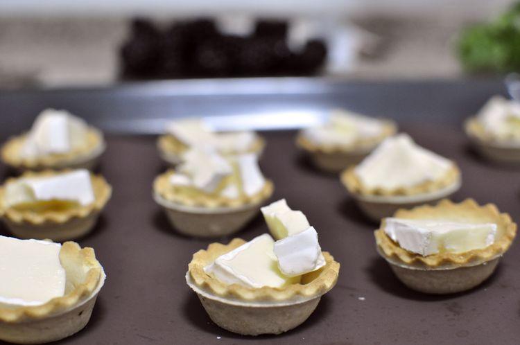 tartaletas-saladas-queso-brie-moras-02