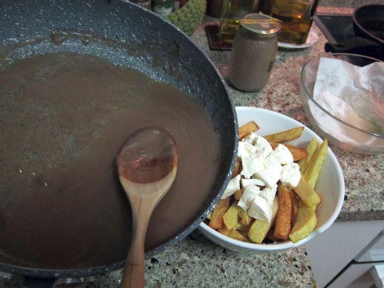 poutine-receta-canada-