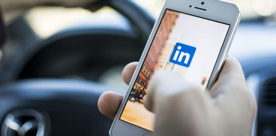 ¿Sirve Linkedin para encontrar trabajo?