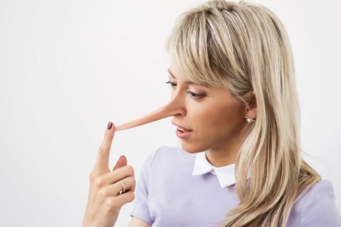 Mentir en un proceso de selección