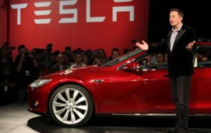 Элон Маск обнадежил скорым появление беспилотной Tesla