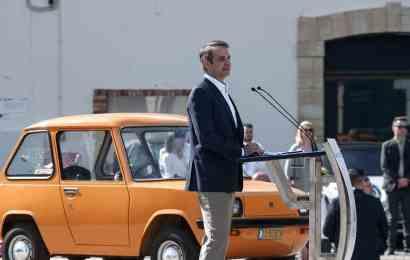 Греція розвертається до електромобілів