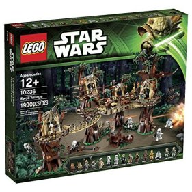 LEGO-Star-Wars-Ewok-Village-10236-0