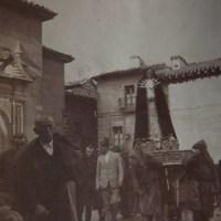 Procesión de Semana Santa  (mitad del siglo XX)