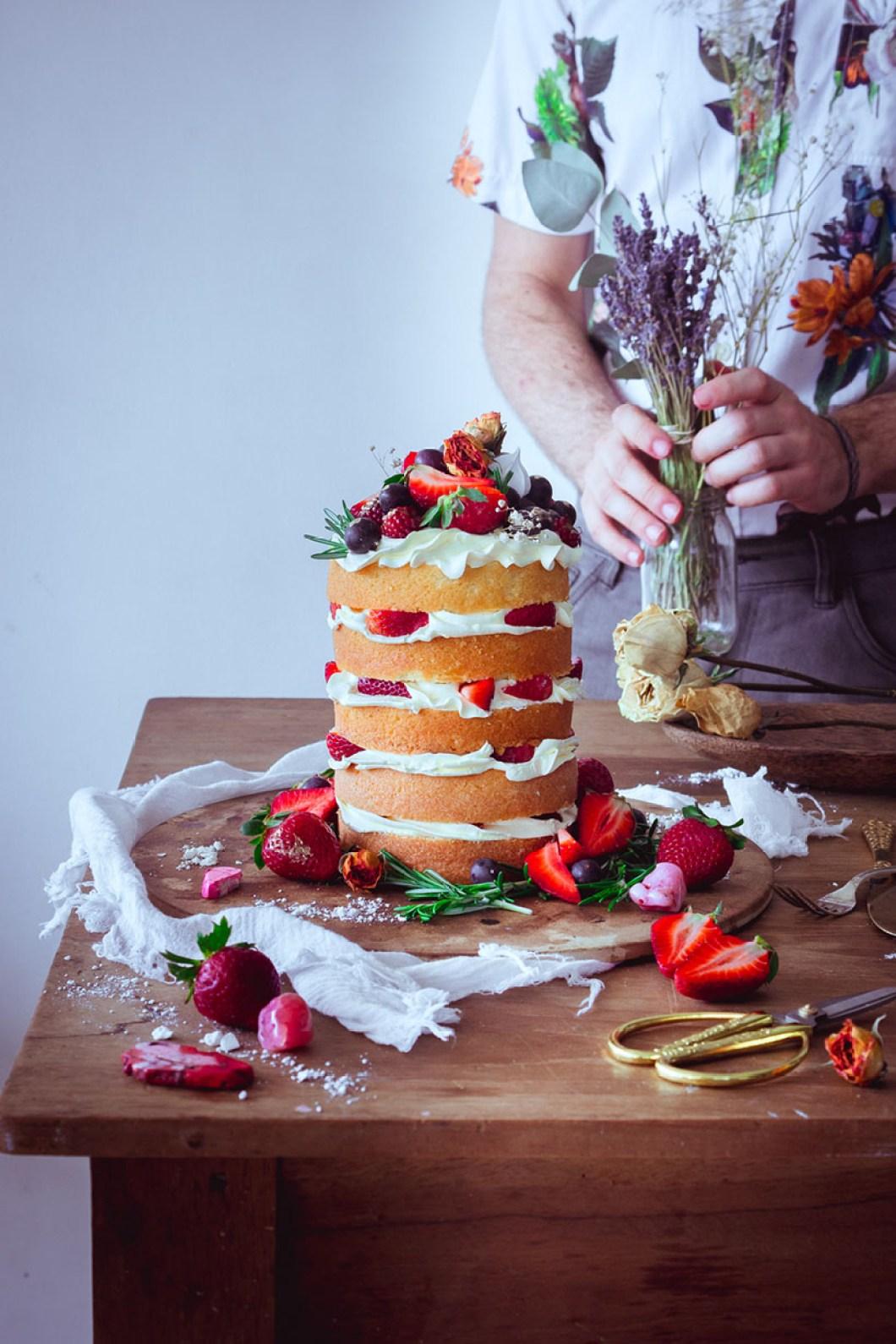 strawberry naked cake _05