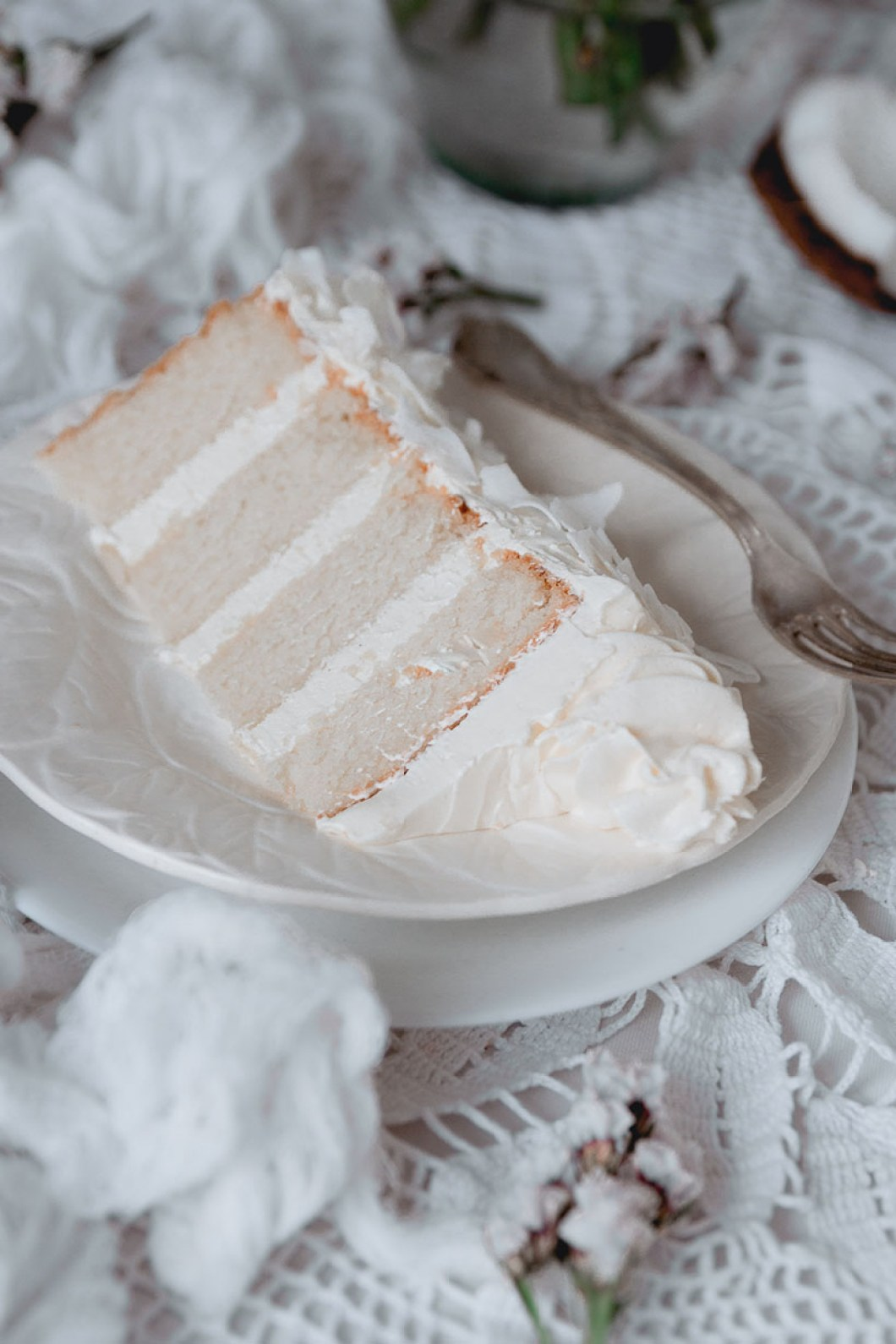 white_coconut_cake_-7554