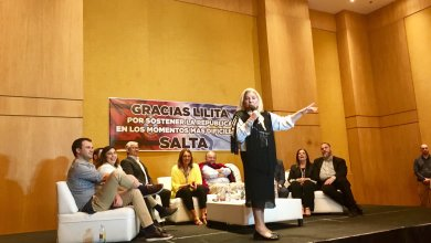 Photo of Carrió propuso un feminismo alternativo, que invita a las mujeres a comportarse como reinas y ser inútiles