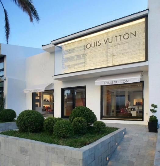 Louis Vuitton celebra el espíritu de resort veraniegocon una tienda renovada en Punta del Este