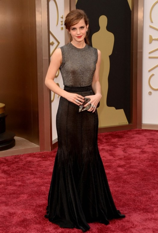 emma-watson-rocks-metallic-Emma is wearing Vera Wang with a Chanel ring