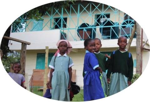 escuelas en fabricas de te beneficiadas por el día internacional del té- elclubdelte.com