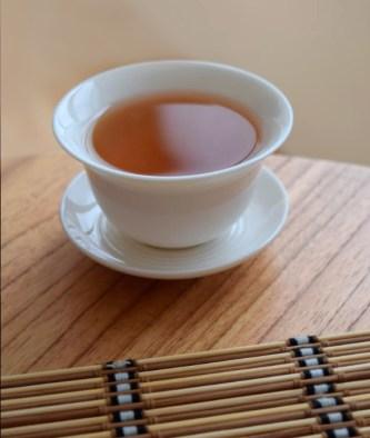taza con té ecológico de Assam, India.