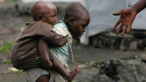 África, Uganda, Sudán del Sur,  Síndrome del cabeceo