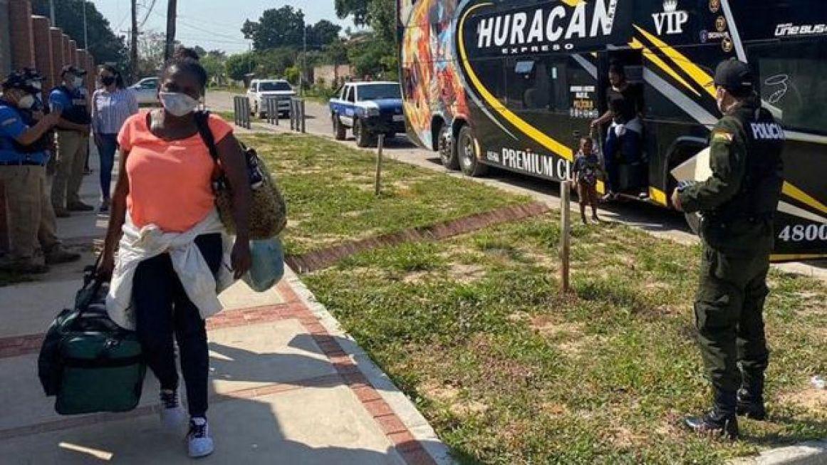 Los traficantes se especializan en trasladar a los haitianos por pasos fronterizos que evaden los controles migratorios. (Migración de Bolivia).