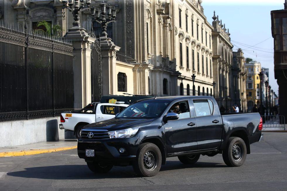 Miembros de la fiscalía llegaron hasta Palacio de Gobierno para realizar diligencias por el caso 'Richard Swing' (Foto: Fernando Sangama)