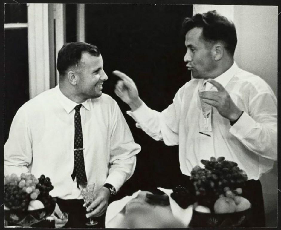 Yuri Gagarin y Pável Popóvich