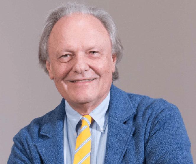 El profesor y cirujano plástico Carlo Gasperoni